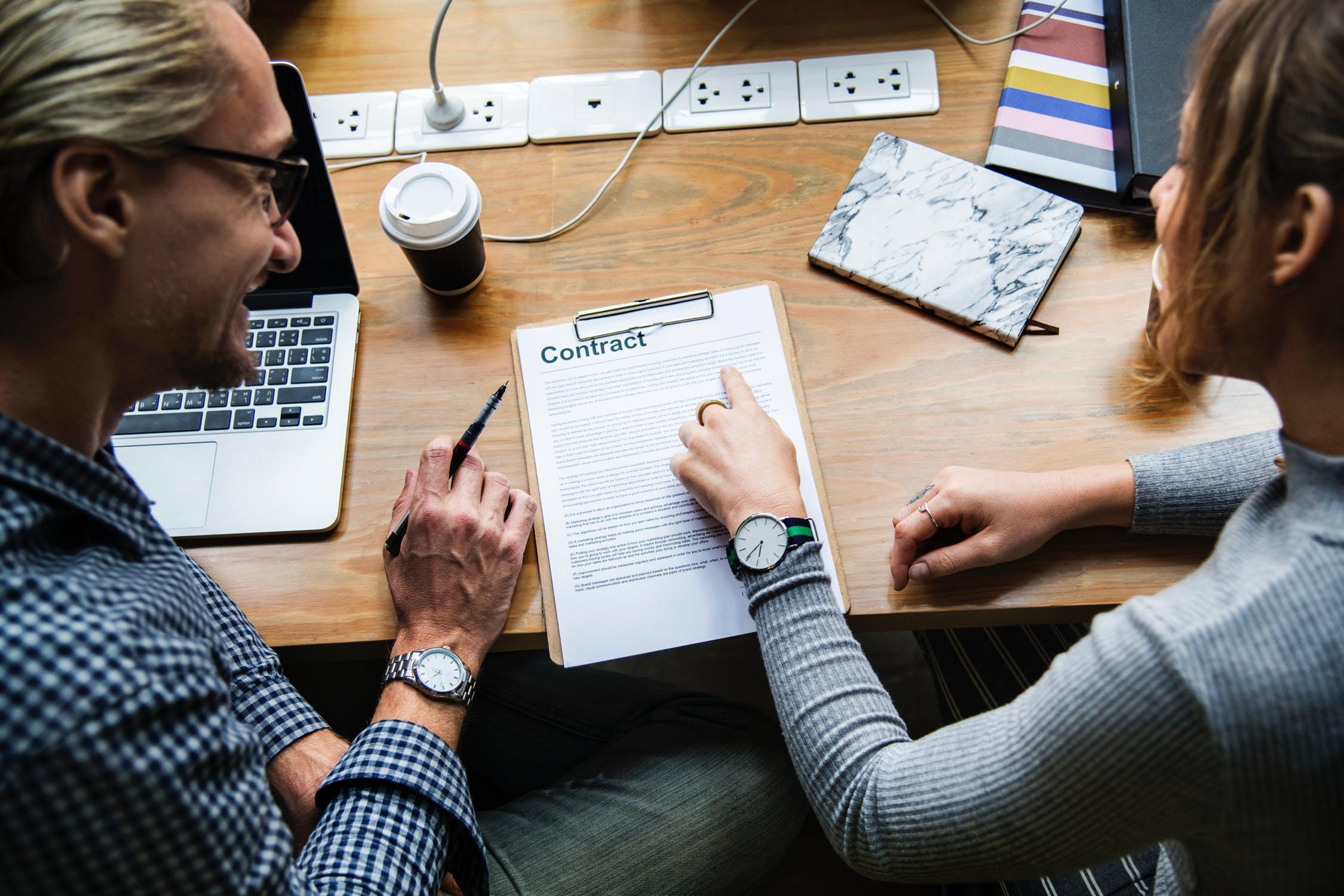 Qué tipos de contrato de trabajo existen? Analizamos sus pros y contras