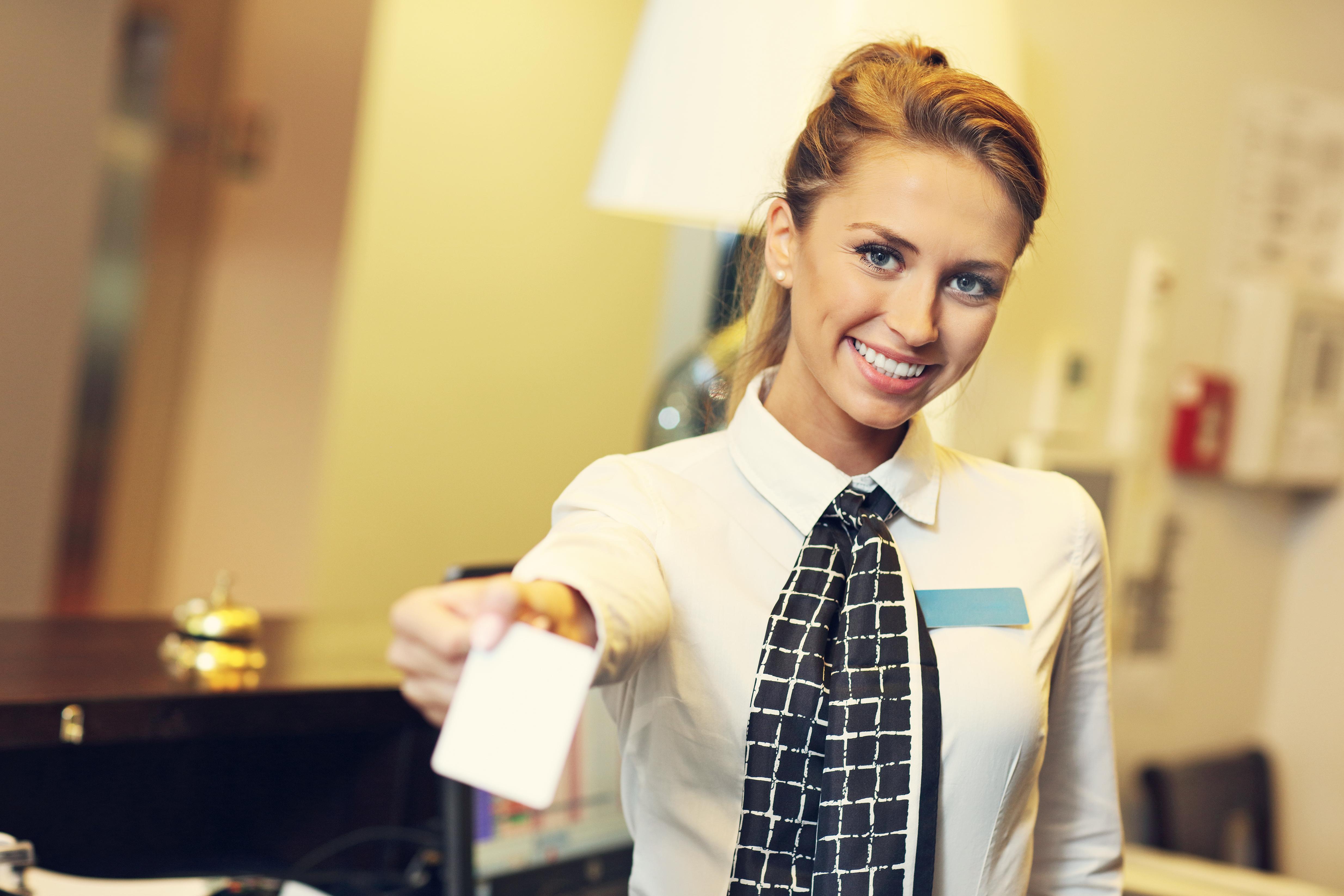 Todo Lo Que Necesitas Saber Para Trabajar Como Recepcionista De Hotel