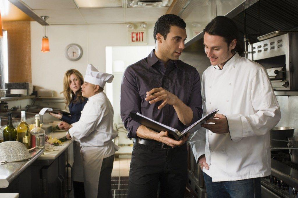 Resultado de imagen para formación de equipo en restaurantes